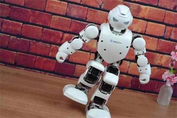 优必选机器人教育加盟